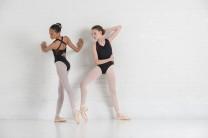 Ballet Rosa - Mädchen Ballett Trikot/Body/Leotard ANETTE rückenfrei ärmellos