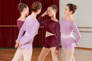 Intermezzo - Girls Ballet Warm-Up Cropped Top/Shirt long sleeves 6421 Topblu Ml