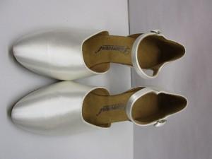Diamant - Damen Tanzschuhe 051-085-092 - Satin Weiß - 6,5 cm Flare [UK 5] *Mangel*