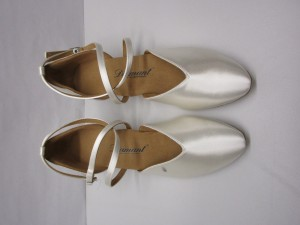 Diamant - Damen Tanzschuhe 107-013-092 - Satin Weiß - 4,2 cm Spanish [UK 6,5] *Mangel*